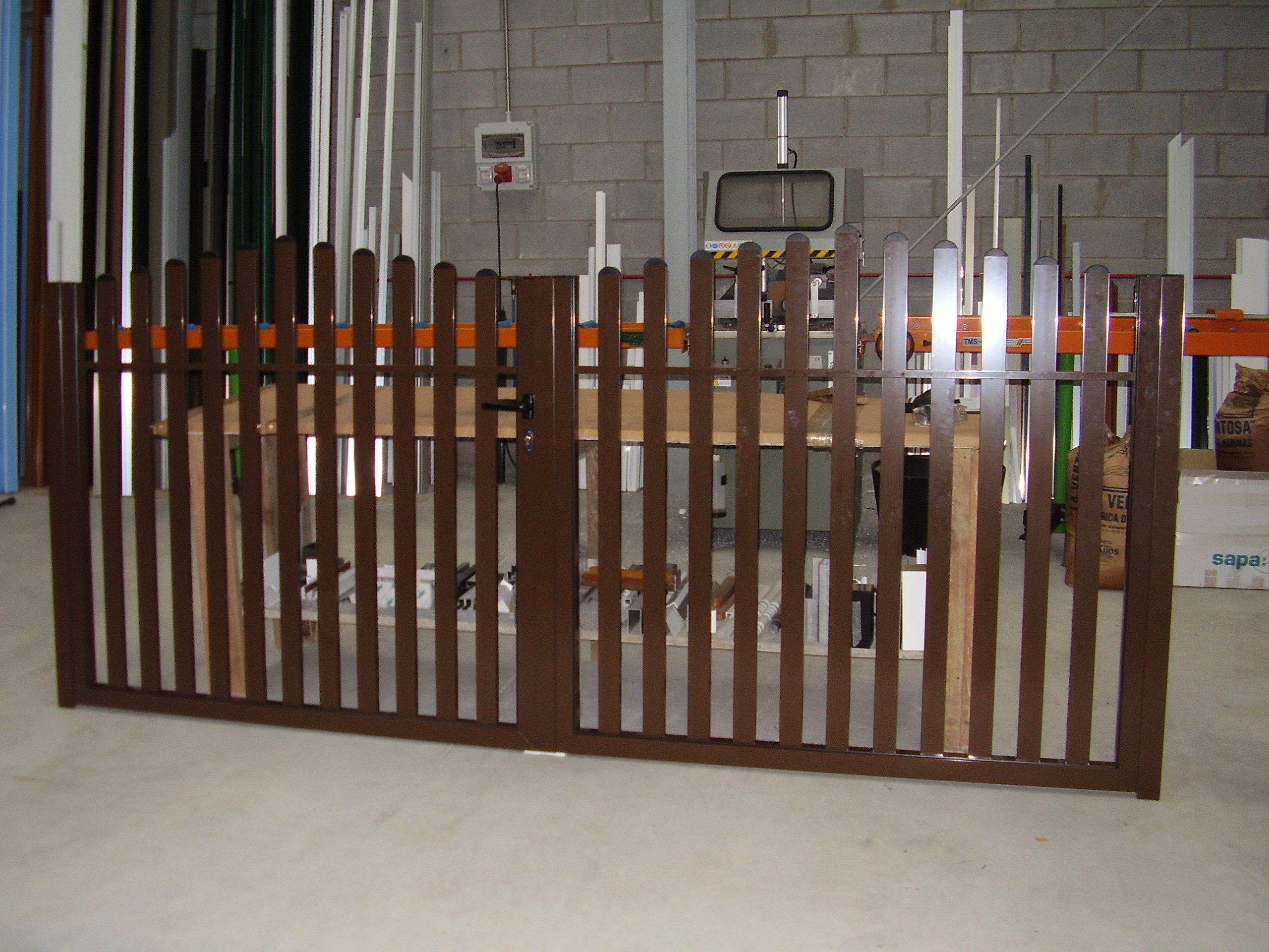 Portal 2 hojas en tubo rectangular y en arco