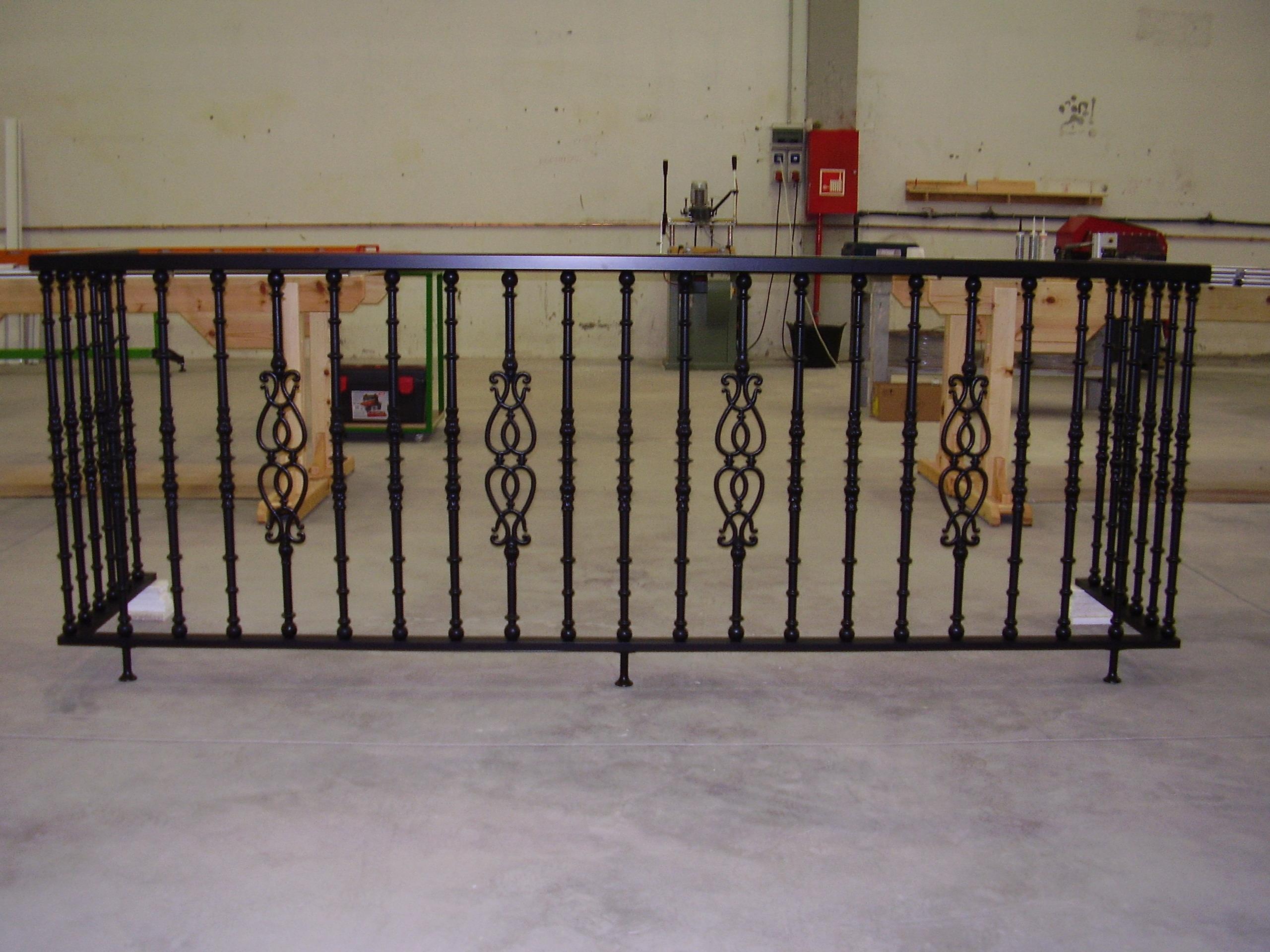 Balcon en barrotes de fundicion